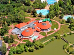 Aquapark Aquarius a kúpalisko Parkfürdő Nyíregyháza Nyíregyháza