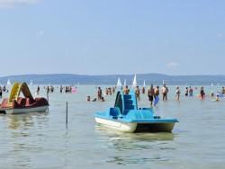 Balatonföldvár - Centrálna voľná pláž (Központi szabadstrand) Balatonföldvár